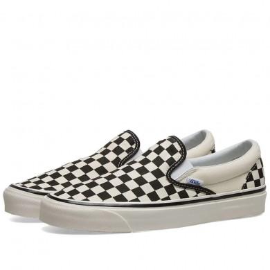 Vans UA Classic Slip On 98 DX Checkboard Black & White